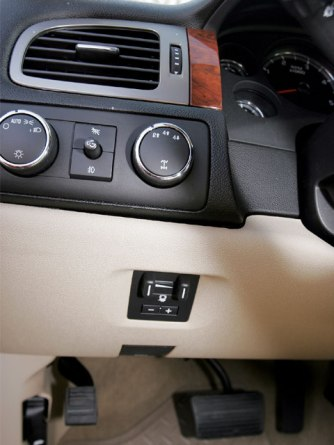 Chevrolet      Ms L s Auto Details